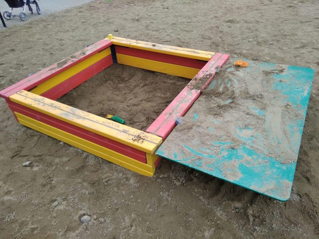 Детская песочница.