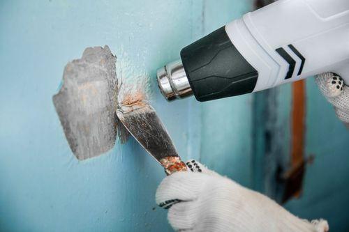 Удаление краски строительным феном.