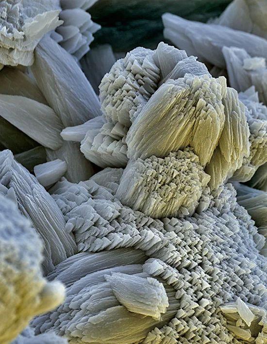 Накипь под микроскопом.
